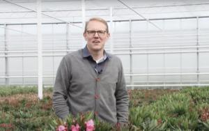 Lees meer over het artikel 'Met FloriDay is een gedrocht van een systeem in elkaar gezet' – Onder Glas